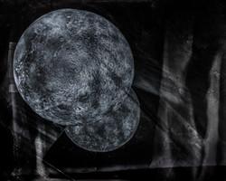 moons_