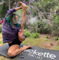 Phuckette Yoga