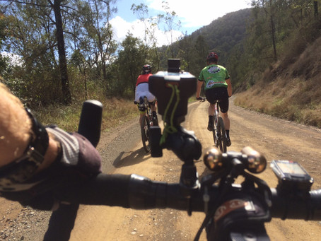 FRIDAY GRAVEL GRIND - CEDAR PARTY FUN!