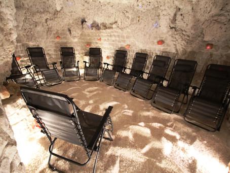 Od října solná jeskyně PO – CT 9.00 – 18.00 ( 12,00 – 13,00 přestávka na oběd). P