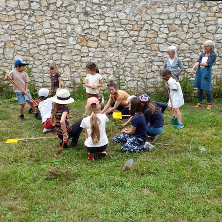 Stage jardinage avec les enfants Thomeryons