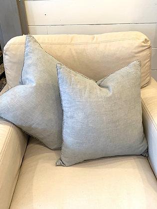 Pom Pom trimmed pillow