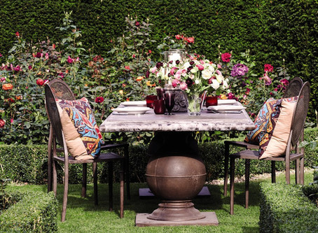 How To Create a Relaxed Outdoor Dining Experience