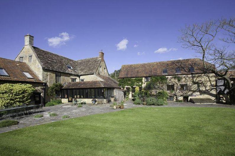 Cole Manor, Bruton