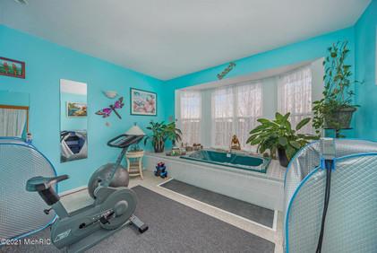 IndoorSaunaHotTubRoom.jpg