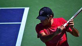 Federer reaparece en Doha tras un año en el dique seco