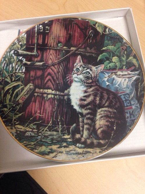 Friends of Mine Collectable Plate by Lowell Davis - Sunday Afternoon Treat