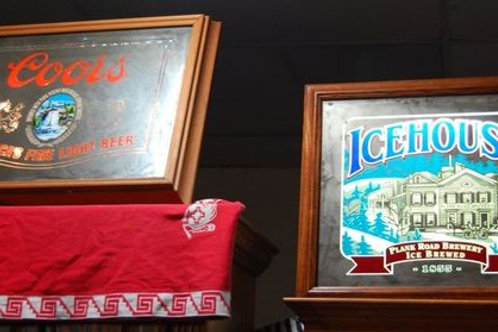 Vintage Light up beer signs- Coors & Ice House