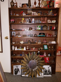 Antiques and collectibles in concord