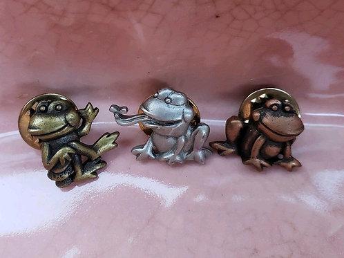 Vintage JJ Metal Frog Pins Set