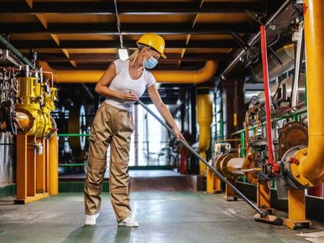 Limpeza do chão de fábrica: melhores recomendações