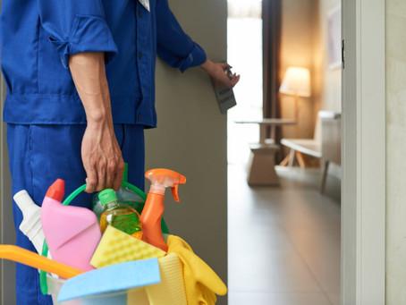 Terceirização de limpeza: principais dúvidas respondidas