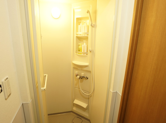 JAPANESE ROOM (SINGLE ROOM) SEPARATE BATHROOM / TOILET