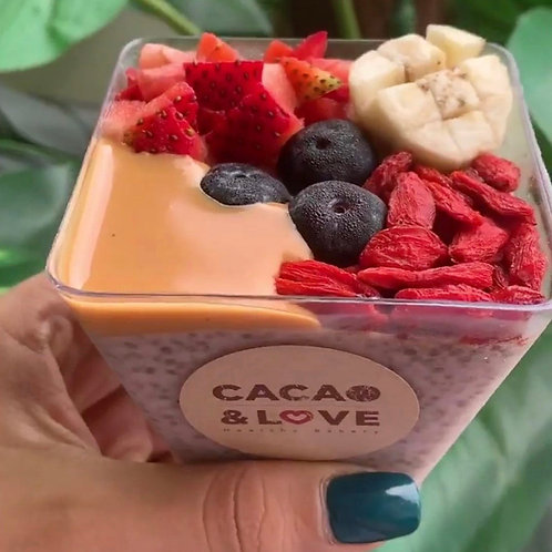 Vegan strawberry chia seed pudding