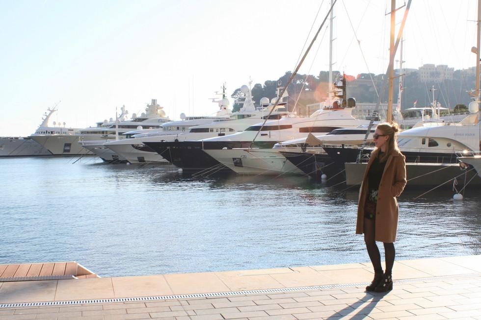 Monaco Look: Classic Camel