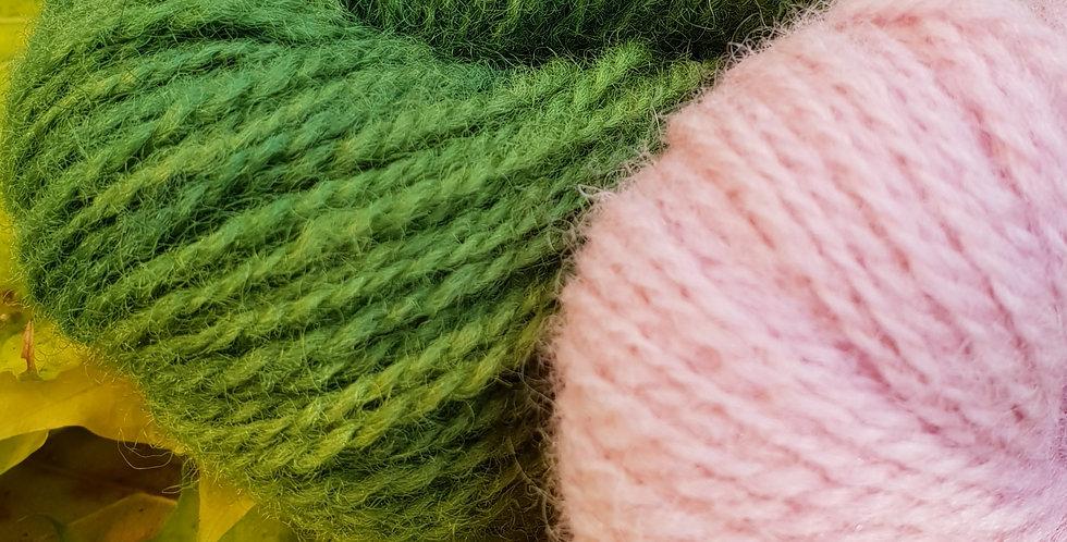 Vinterblomst_vottepakke_grønnskjoldete&lyserosa