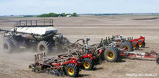 img-Bourgault-Air-Hoe-Drills-3720-Parali