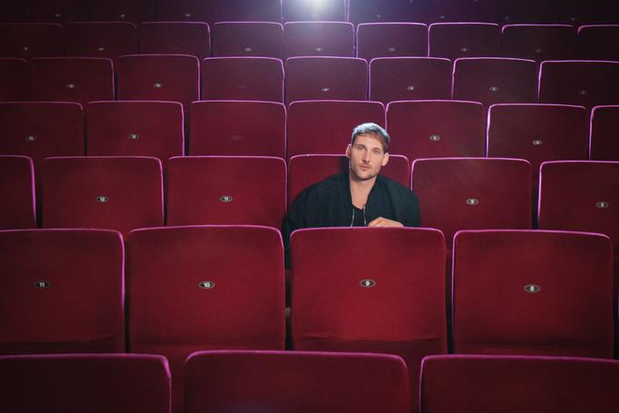 Im Kino ellei
