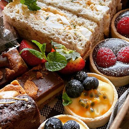 Sweet_desserts_ high_tea_box