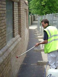 anti-graffiti-wall-spraying.jpg