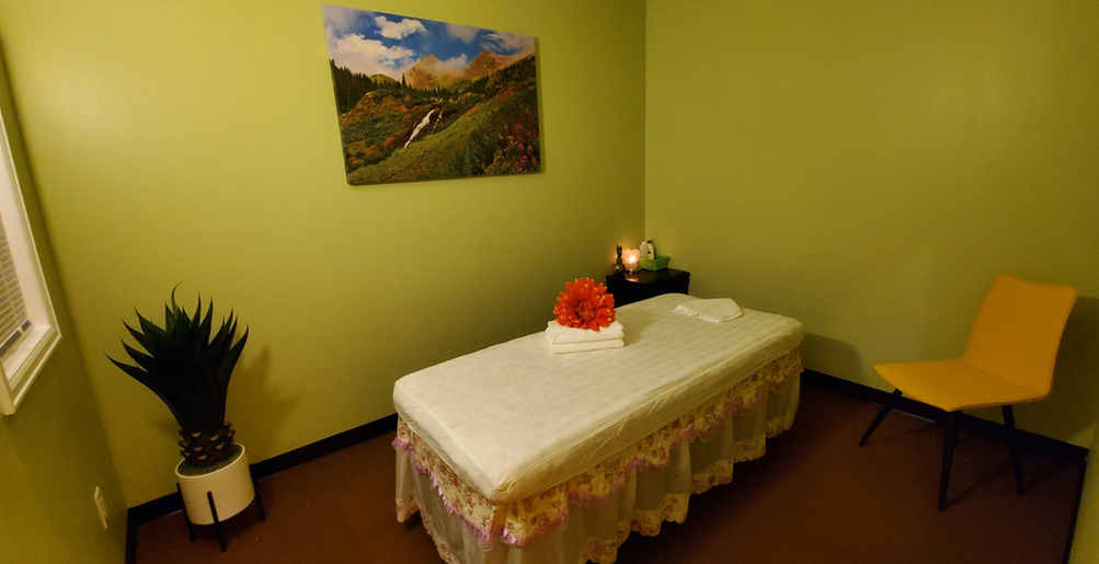 massage_room_Yellowstone.jpg