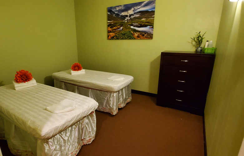 massage_room1_Yellowstone.jpg