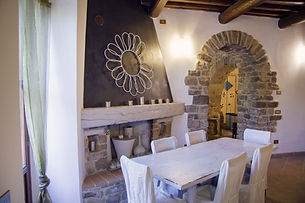 Le Torrace Dining Room 2.jpg