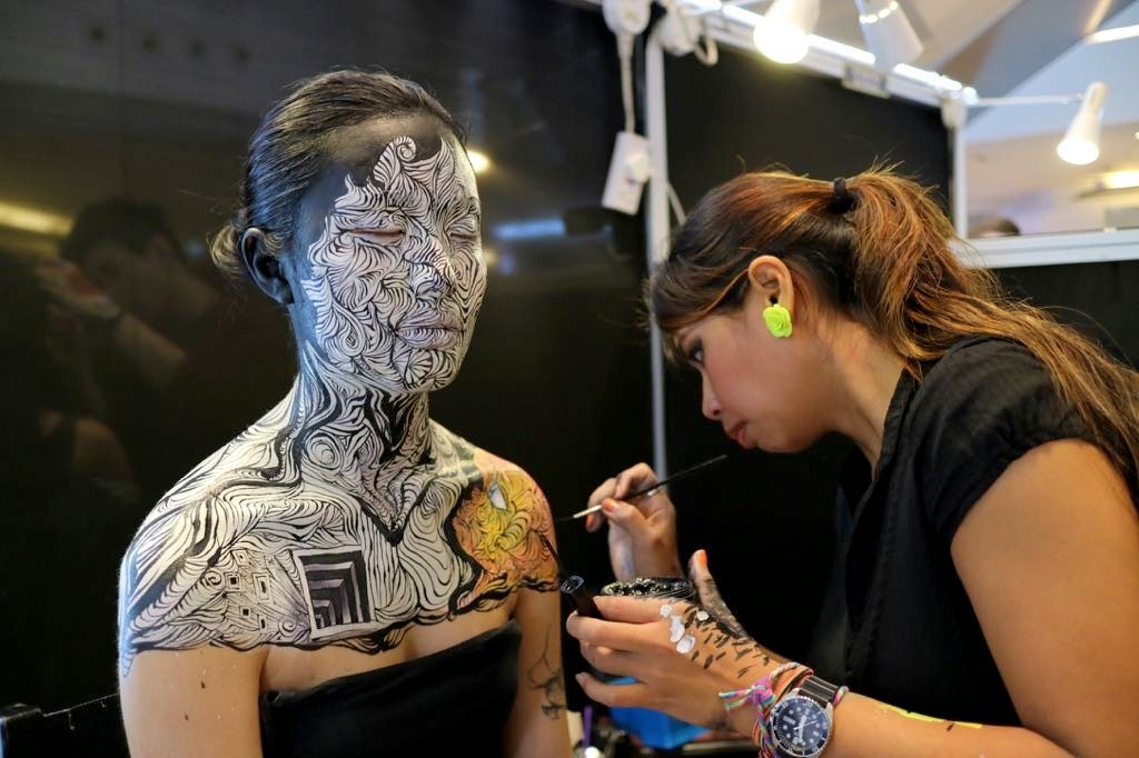 Hohkeyal Hong Kong Body paint