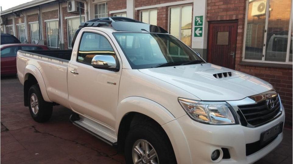 H10 - Toyota Hilux Single Cab 2 Door HALO ROPS Registration