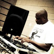 """Live in Miami @ """"The Warehouse"""""""