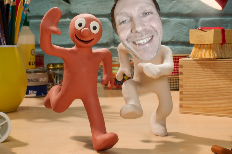 A scene from TV shwo Morph, with Martin Whiskin's head on Chaz's body
