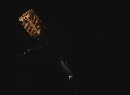 How to do voiceovers - 10 tips to improve your reads