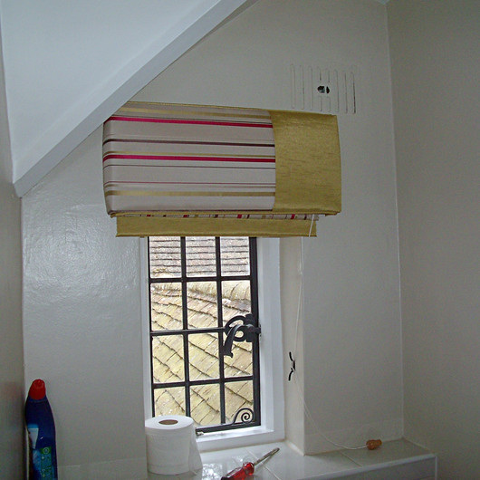 Small, Bespoke Blinds & Pelmets