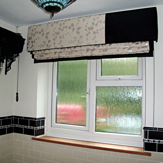 Designer Fabric Blinds & Pelmet