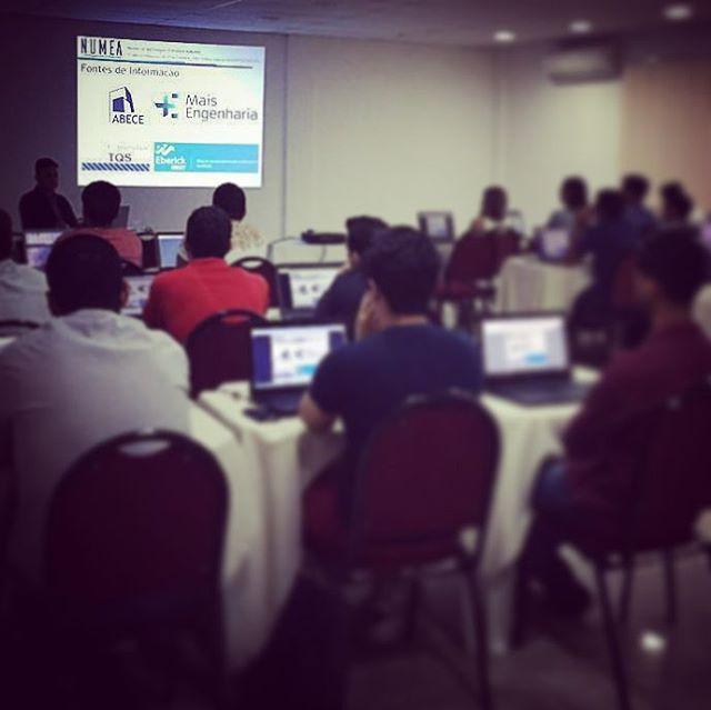 1o dia de aula da 4a turma do curso de Projeto de Estruturas de Concreto_#numea #eberick #ufpa #conc