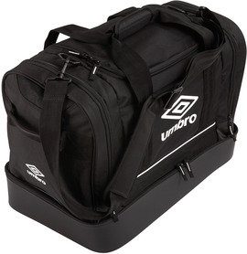 UMBRO PLAYERS BAGS £18.75