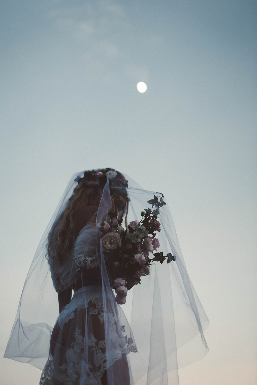 Lazaro Floral Styled Shoot: Lucid Dream
