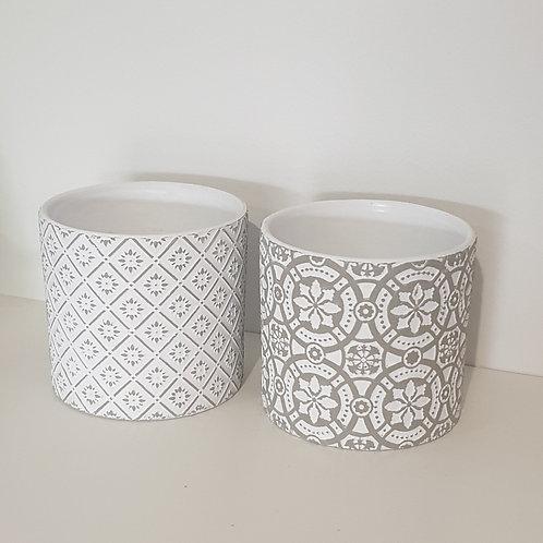 White & Silver Pots