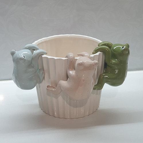 Frog Pot Sitters