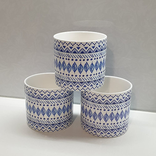 Blue & White Leaf Pot