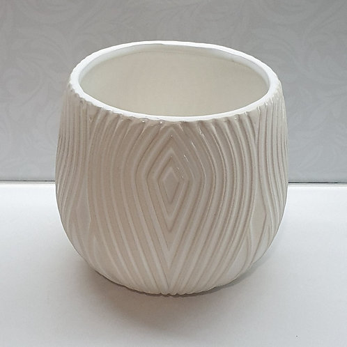Diamond Patterned Pot