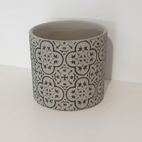 Black & grey pot