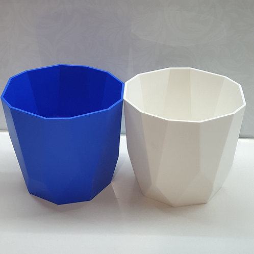 Plastic Geo pots
