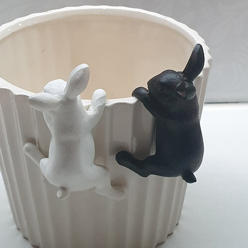 Rabbit Pot Sitters