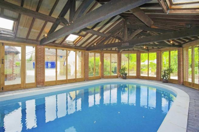 Manor House Swimming Pool House