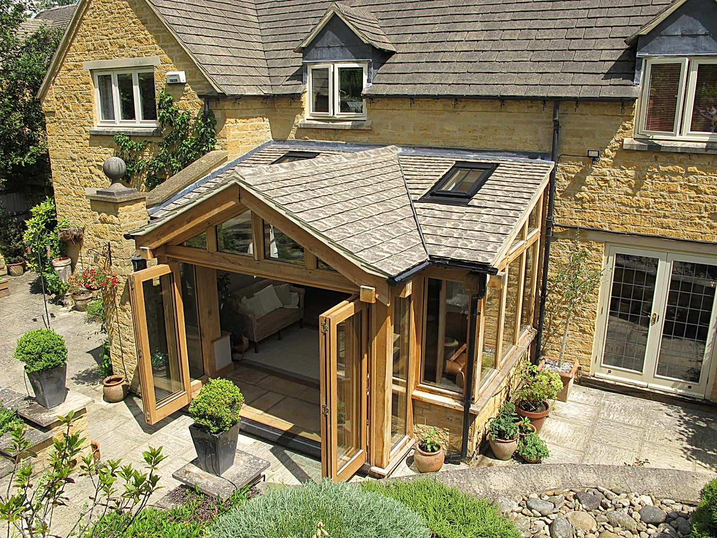 Oak Framed Sunroom with Bi Folding Doors