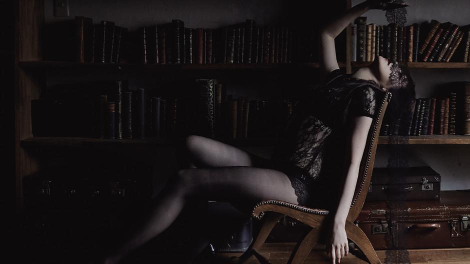 浜崎容子NEWアルバム「BLIND LOVE」&「Film noir ultime」リリース記念ミニライブ&特典会