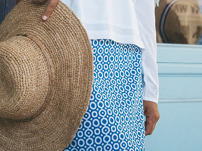 exclusive-prints-for-beachwear-polka dot