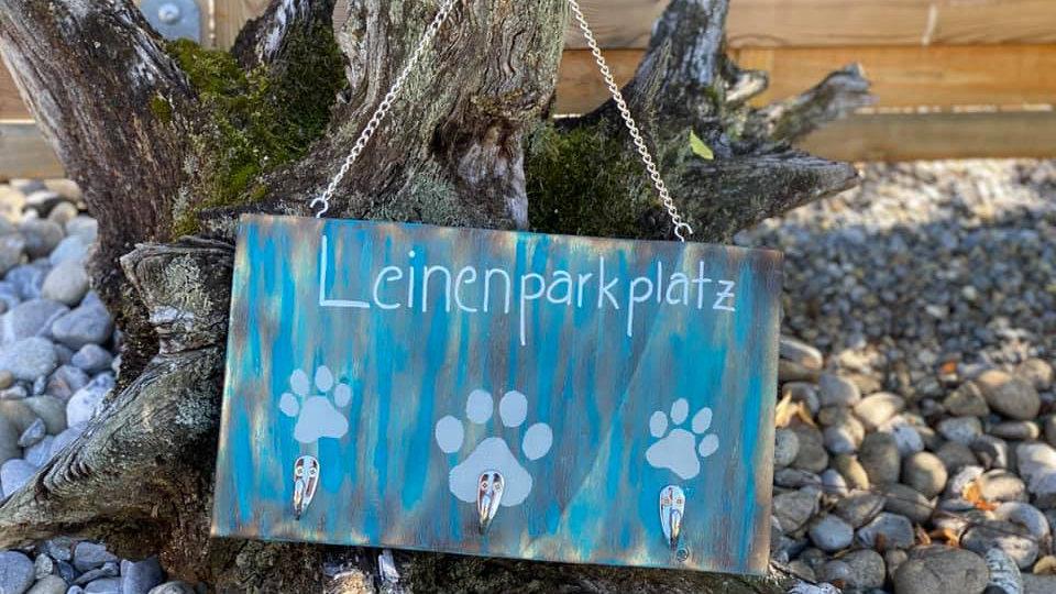 Leinenparkplatz Blau