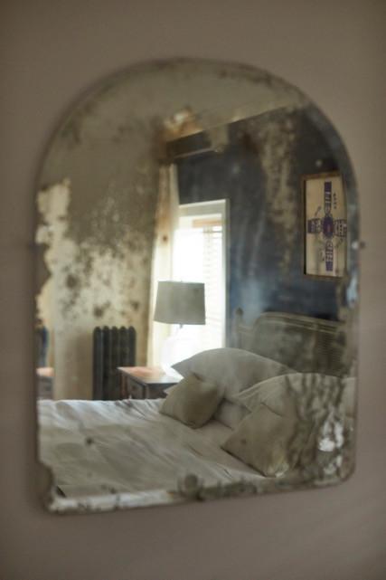Room Seven through mirror